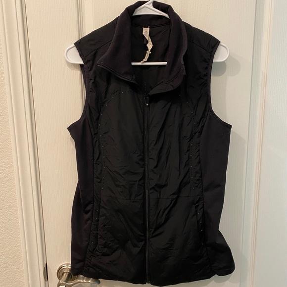 Lululemon vest size 12